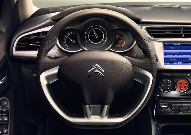 Nový Citroen C3 - volant