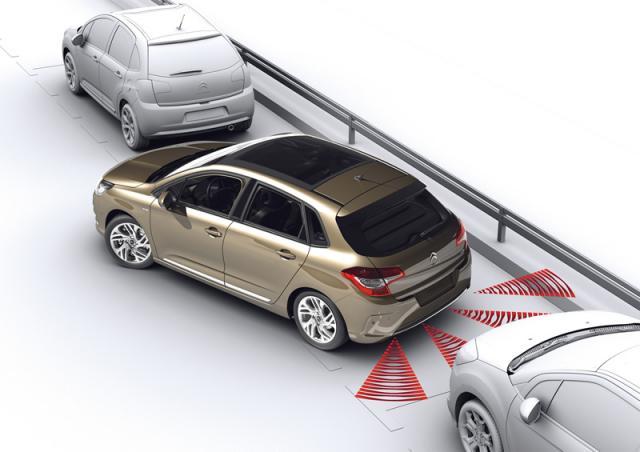 Parkovacie senzory C4