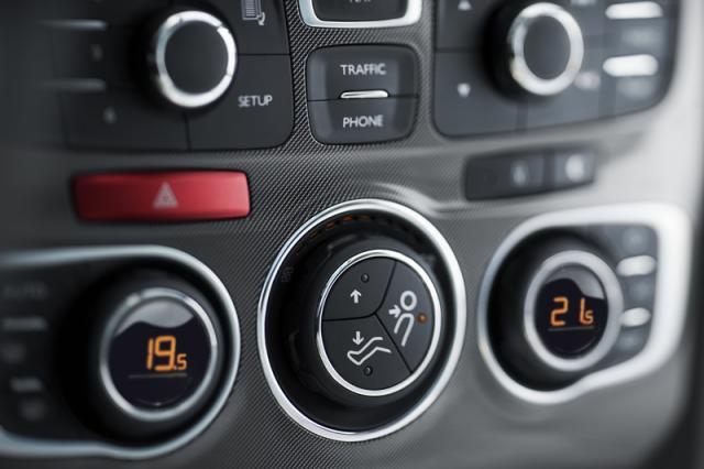 Ovládanie klimatizácie C4